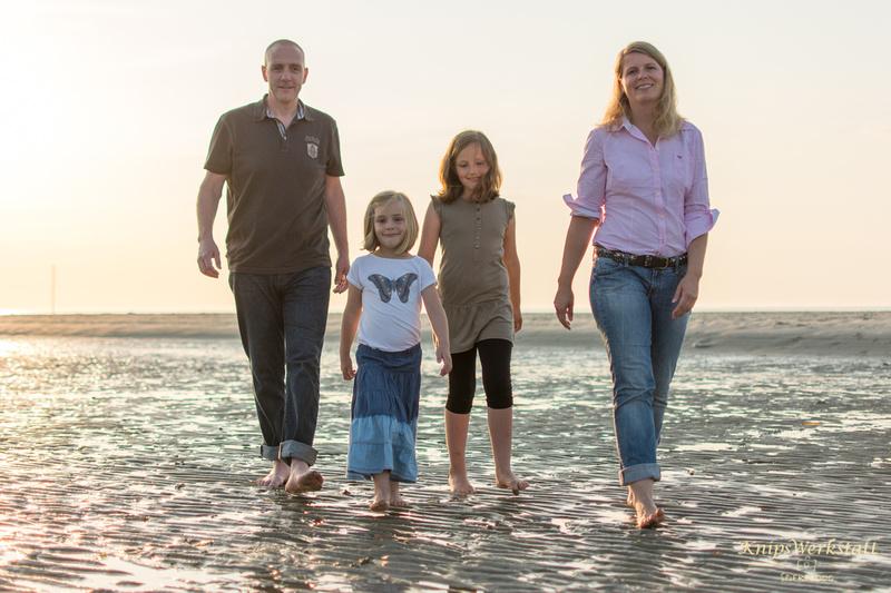 Fotograf Spiekeroog - Familienfotoshooting - Strandspaziergang