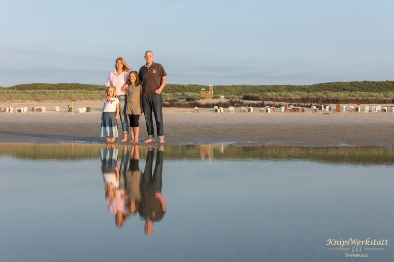 Fotograf Spiekeroog - Familienfotoshooting - Spiegelung