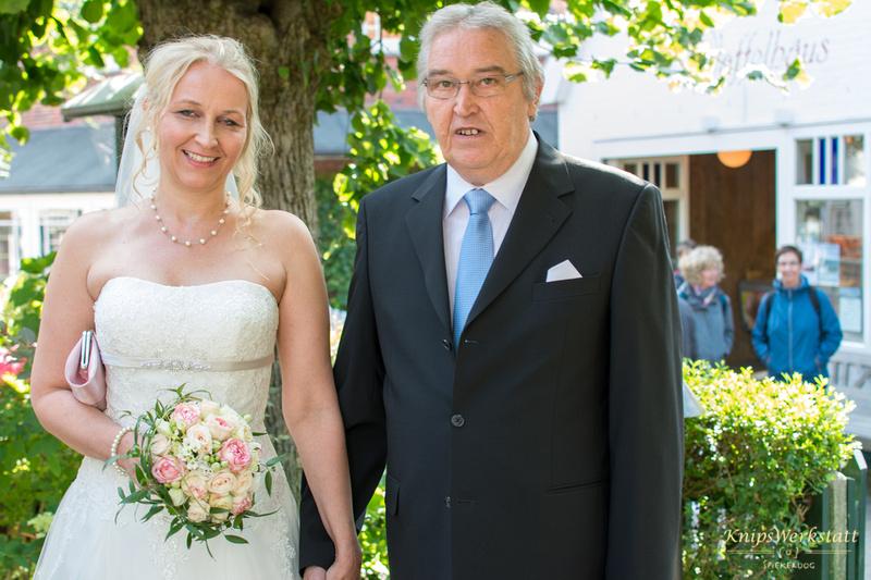 Hochzeit_Inselmuseum_Spiekeroog_Vater_Braut