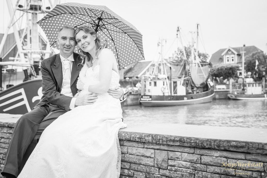 Hochzeit Neuharlingersiel - Hochzeitsfoto im Kutterhafen