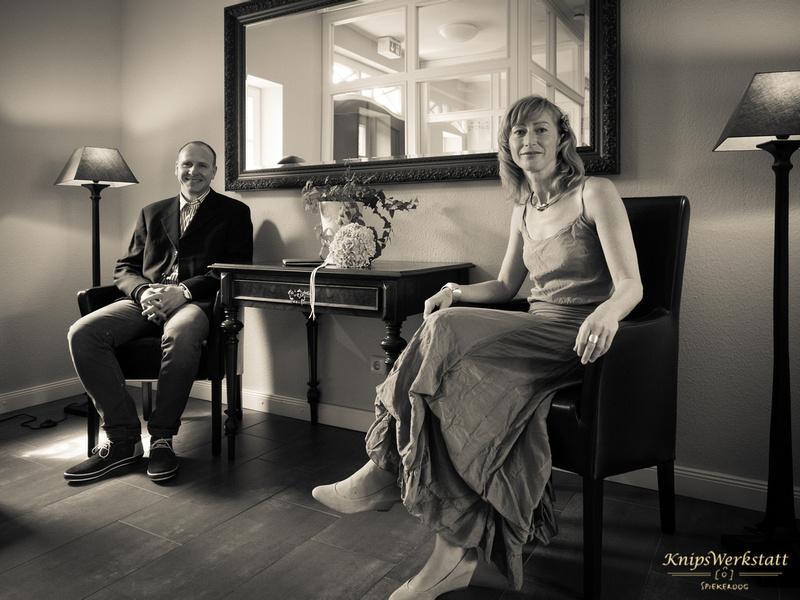Hochzeitsfotos Spiekeroog - Hochzeitsfoto im Rathaus
